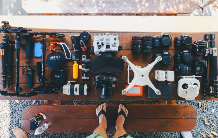 essential-gadgets-for-travel-vloggers-last-image